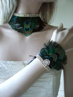 Teal Peacock Feather Bridal Wrist Corsage Bracelet Cuff - Fairytale Wedding. Peacock Bridal accessories. Peacock Wrist Corsage.  Peacock Bridesmaids Accessories. Bridesmaids Corsage. Bridal Corsage. Prom Corsage.